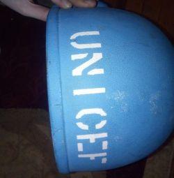 Шлем каска ООН настоящая