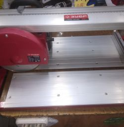 Tile cutter Bison