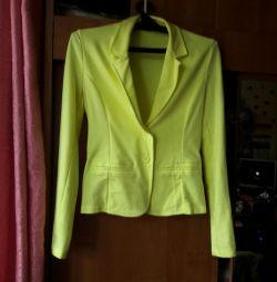 Women's jacket from knitwear