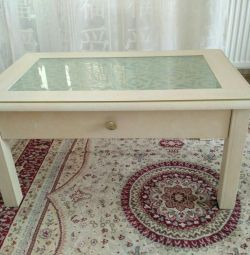 Coffee table with drawer and glass