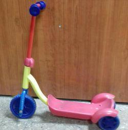 3 tekerlekli scooter