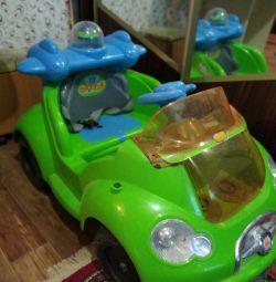 Mașină cu baterie