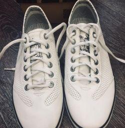 Νέα αθλητικά παπούτσια 👟 της εταιρίας Keddo