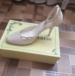 Pantofi pentru femei 39r-r
