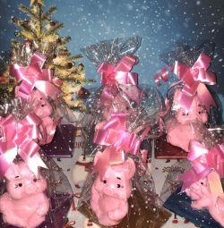 χοίροι, σκηνικά για το Νέο Έτος και τα Χριστούγεννα