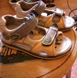 сандалі для хлопчика, Буратіно, б / у, 26 р-р,