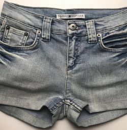 New shorts Tommy Hilfiger