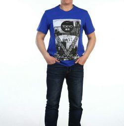 Man's T-shirt. New.