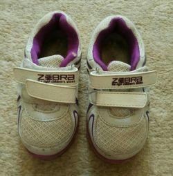 Sneakers Zebra, 24 size