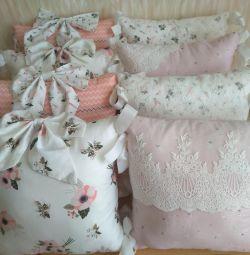 Новые бортики в кроватку