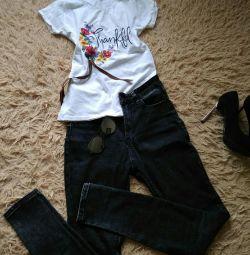 Blugi și tricou