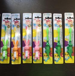 Children's toothbrushes