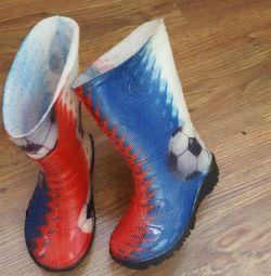 Καουτσούκ μπότες.