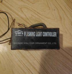 Flashing light controller