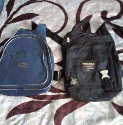 Рюкзаки синій і чорний жіночі
