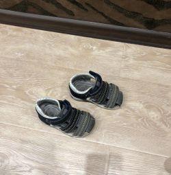 Sandals p22