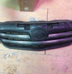 Μάσκα ακτινοβολίας της Toyota Corolla 150