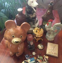 Товари СССР.Значкі, порцелянові іграшки та інше