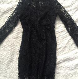 Νέο φόρεμα με δαντέλα