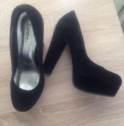Suede παπούτσια, μέγεθος 37,5