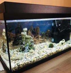 Аквариум с рыбками 60 литров