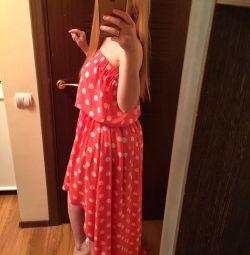 Tren ile yeni ve havalı bir elbise. 42-44-46