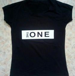 The t-shirt is new. Size 42-44