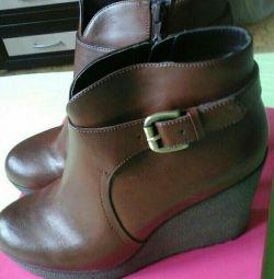 μπότες γυναίκες