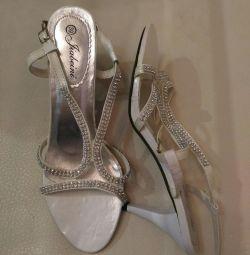 Yeni sandalet 39 beden