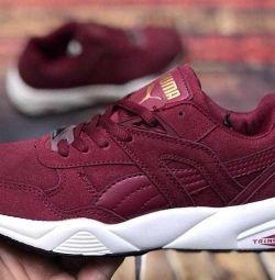 890 ruble için spor ayakkabısı