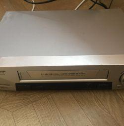 Проигрыватель для видео кассет. Раритет?