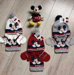 Шапка шарф варежки с Микки Маусом