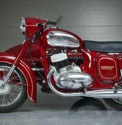 Buy old Soviet and imported motorcycles