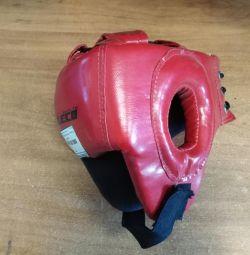 Шлем боксерский боевой красный гп5-1