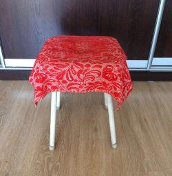 Καρέκλα κουζίνας (σκαμπό)
