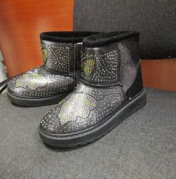 Winter children's boots all at 500r, new !!!