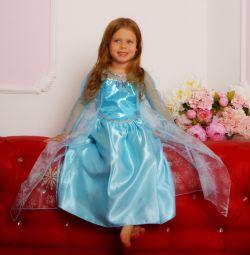 Dress the Elsa