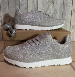 new sneakers silver 35 size