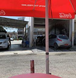 Aradığım bir Erkek: Lim'de Çok Meşgul Araba Yıkama İçin Erkekler
