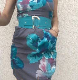 Φόρεμα ντυμένο r. 44