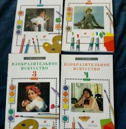 İlkokul ders kitapları