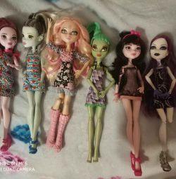 Monster dolls high pack. Original