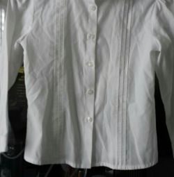School blouse p. 128