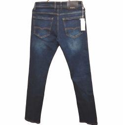Нові джинси від Diesel, чоловічі. Класні!