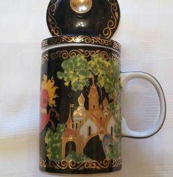 Cană pentru prepararea ceaiului, ierburi cu sită