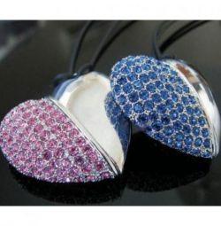 Ювелирные подарочные флешки для женщин