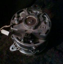 Generatorul pentru GAZ 3129,3110 (motorul 402).