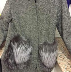 Coat with natural fur