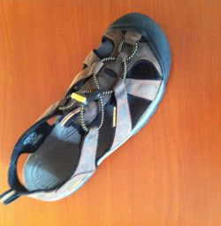Sandals - Sneakers Keen