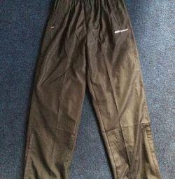 Pantaloni sport fără etichete. nou original REBOK
